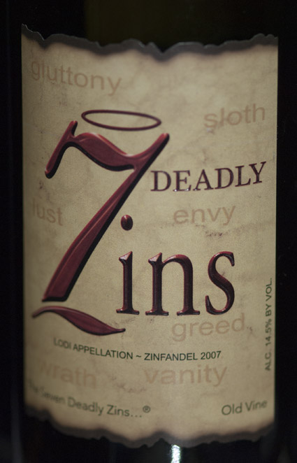 7 Deadly Zins ( Michael and David Vineyards ) 2009